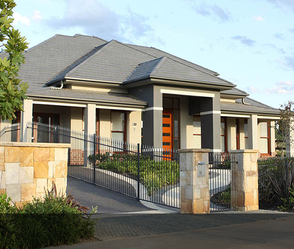 Calderwood Valley display homes